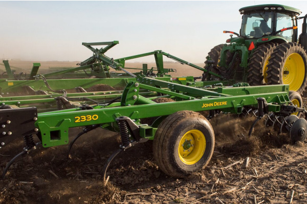 JD-2230MulchFinisher-2019.jpg
