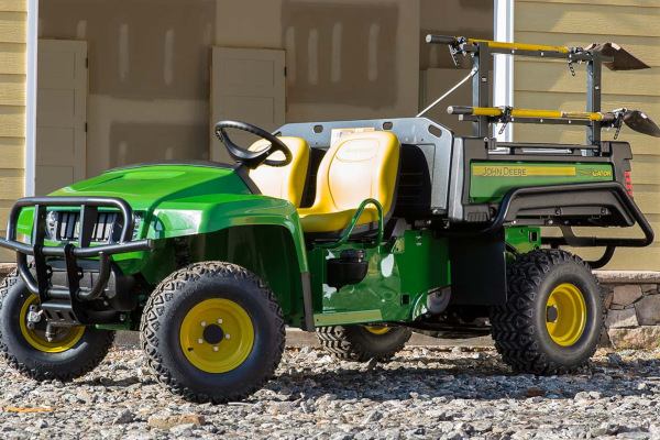 JD-WorkTraditionalUTV-2019.jpg