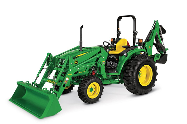 JohnDeere-model4044R-2019.jpg